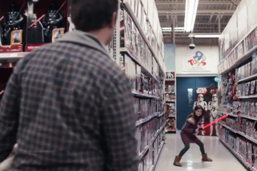 Star Wars Toys R Us : Dad yearns to share his love of star wars in heartwarming