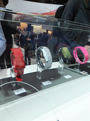 The different styles of Sony wristband