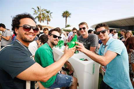 WEB-Cannes-Connect-Bar-DAY-1-(12).jpg
