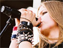 iTunes records 10m downloads with Avril Lavigne track
