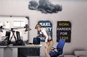 "Cheapflights ""ESC your desk"" by McCann London"