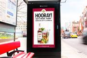 Pimm's digital posters tell consumers where there's pub space to grab a glass