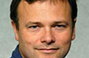 Bureau quits CNET to be digital entrepreneur