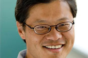 Jerry Yang to step down as Yahoo! chief executive