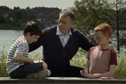 Daily Mirror: Geoff Hurst stars in TV ad