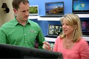 Microsoft Windows: real-life couple choose PC in their own home showroom