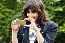 Sony Ericsson brings in Daisy Lowe to launch Xperia Ray