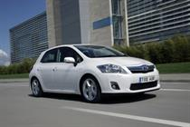 Toyota promotes British production in Auris campaign