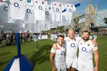 O2 puts up giant washing lines for England Rugby shirt giveaway