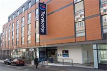 Travelodge moves £2.5m media into Carat
