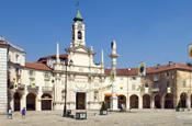 Fallon takes over Italian square for latest Bravia spot