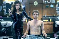 Kelly Brook shaves men's body hair for Philips