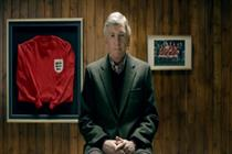 Former England players reminisce in Mars ad
