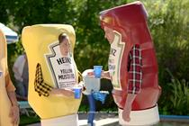 Heinz 'Heinz Ketchup Got A New Mustard' by David