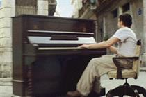Stella Artois 4% 'runaway piano' by Mother London