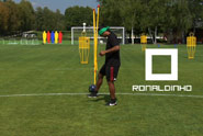 EA Sports Fifa 10 'keepie uppie challenge' by Wieden + Kennedy Amsterdam