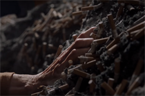 Former smokers claw their way out of addiction in Ad Council spot