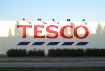 Tesco boss gets no bonus, but departing directors pocket £3m