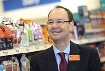 Good timing, Justin: Sainsbury's share price drops as sales fall for third quarter