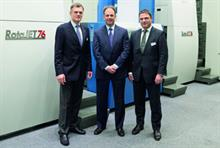 L-r: KBA president and CEO Claus Bolza-Schünemann, RR Donnelley president and CEO Thomas J Quinlan III and KBA executive vice-president for web press sales Christoph Müller
