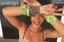 Rihanna supports Cogs 4 Cancer bike ride