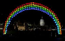 Samsung installs 'midnight rainbow' to promote Galaxy Tab S tablet