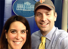 Josh Earnest loses World Series bet, but keeps promise