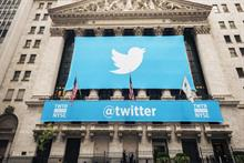 Twitter's ad revenue up 48% in Q4, but user growth stalls for first time