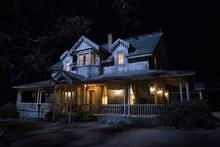 Warner Bros to stage horror experience