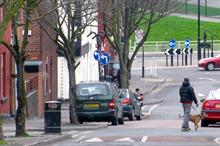 Few Sheffield residents oppose tree programme, city council says