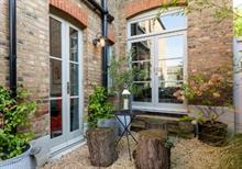 Outdoor living trend continues in UK gardens