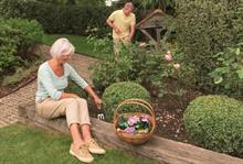 Kent & Stowe to launch topiary and kids' tools