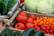 Fruit & veg help keep weight down without eating less, study finds