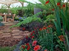 Notcutts garden centres creates beer and royalty garden for show