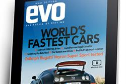 Car mag Evo drives onto the iPad