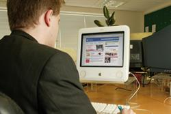 UK online display dips in 2009, but forecast to rise next year