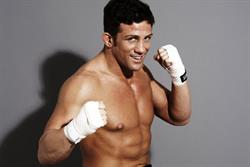 Alex Reid signs with Bravo