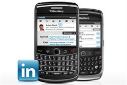LinkedIn launches BlackBerry app