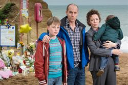 ITV hit illustrates lingering power of scheduled TV