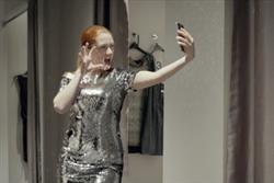 Samsung launches first Christmas TV campaign in the UK