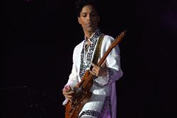Prince asks Twitter to take down Vine videos