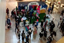 Hovis brings sampling activity to Intu Lakeside
