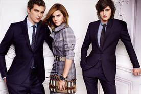 Burberry: Emma Watson models for the fashion brand