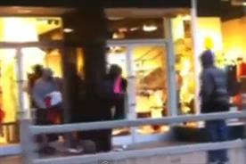 London: looters hit the high street in August 2011