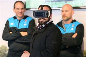 Rugby legends surprise fans with virtual reality