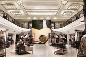 Burberry Regent Street: fashion brand to review its global media account