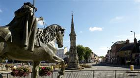 Banbury Town Council takes on sole planner