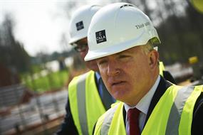 Former housing ministers call for stronger strategic planning