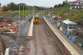 Think-tank calls for improved Manchester-Leeds rail link