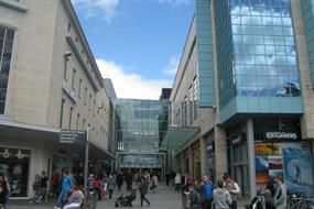 Advice: Creating a resilient town centre
